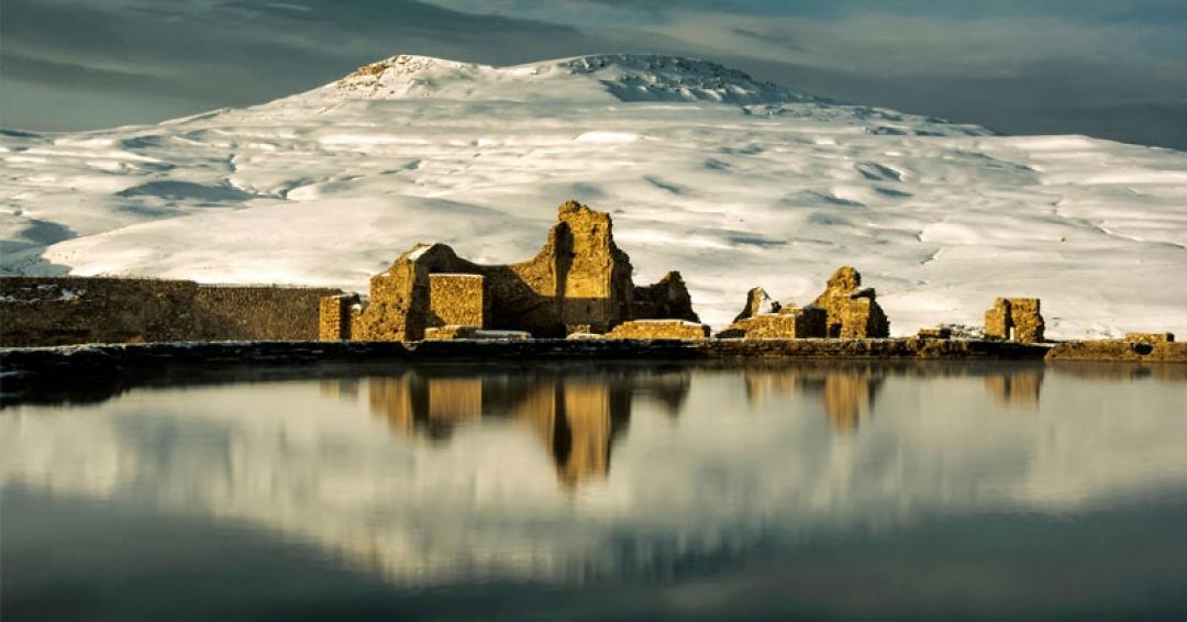 تخت سلیمان آذربایجان غربی